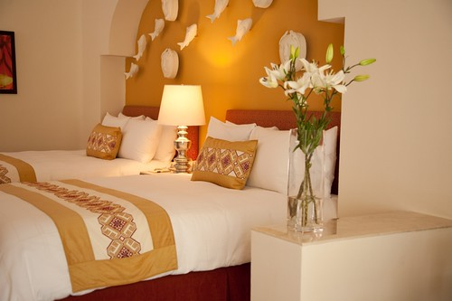 hotel resort queenbed suitequeenbedwithfreshflowers suitequeenbed