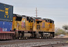 Union Pacific GE ES44AC 7893 and EMD SD70M 3861 lead an eastbound container train departing Tucson Yard, December 28, 2009 (Ivan S. Abrams) Tags: railroad chicago phoenix up train losangeles illinois nebraska tucson railway trains unionpacific railways e9 e8 uprr sd402 sw1500 sd40 gp402 sd70m c449w es44ac mp15dc bensonarizona northplattenebraska sybilarizona ivansabrams pimacountyarizona cochisecountyarizona davidsoncanyonarizona lacienegaarizona abramsandmcdanielinternationallawandeconomicdiplomacy ivansabramsarizonaattorney ivansabramsbauniversityofpittsburghjduniversityofpittsburghllmuniversityofarizonainternationallawyer