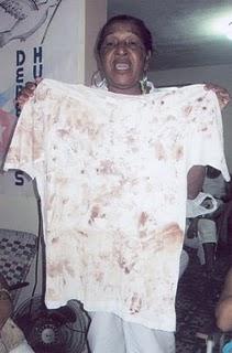 Reina con pullover de Zapata
