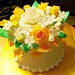 wedding-cakes-topper yellow roses