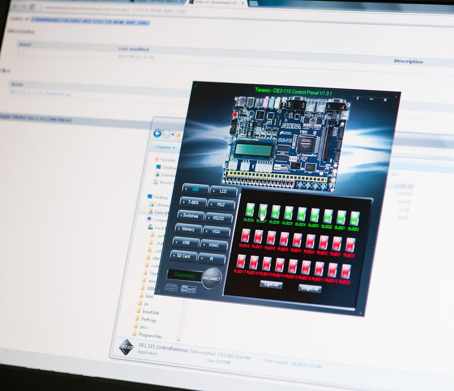 FPGA programming at kwartzlab 076