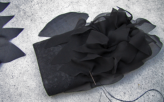 DIY-Petal-purse-bag-clutch-Louboutin-5