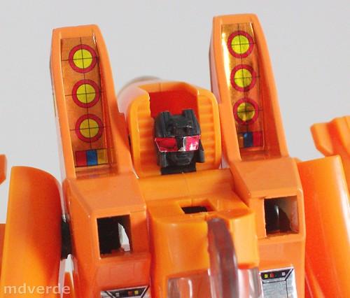 Transformers Sunstorm G1 eHobby - modo robot