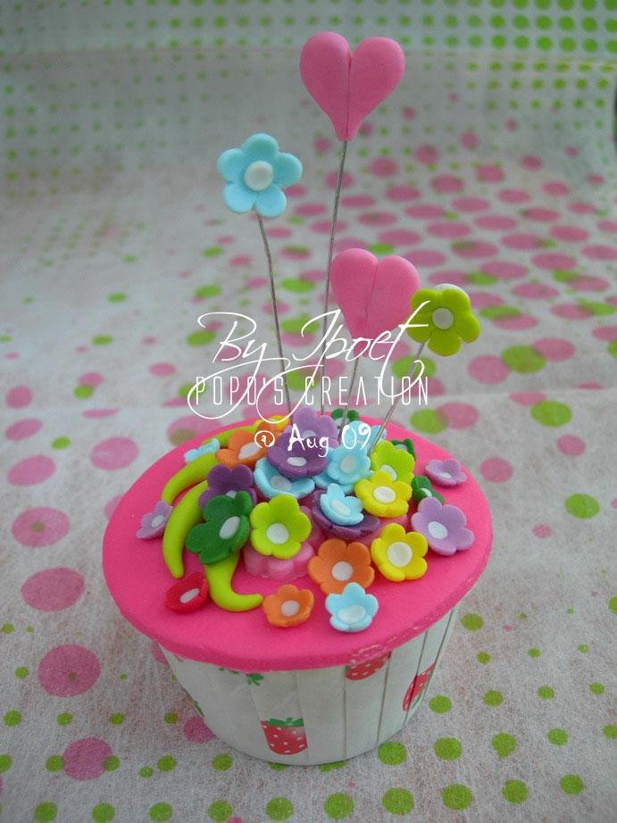 Pink FLower Cupcake