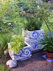 Mosaic planters -  close up (stiglice - Judit) Tags: mosaic planter mosaicplanter