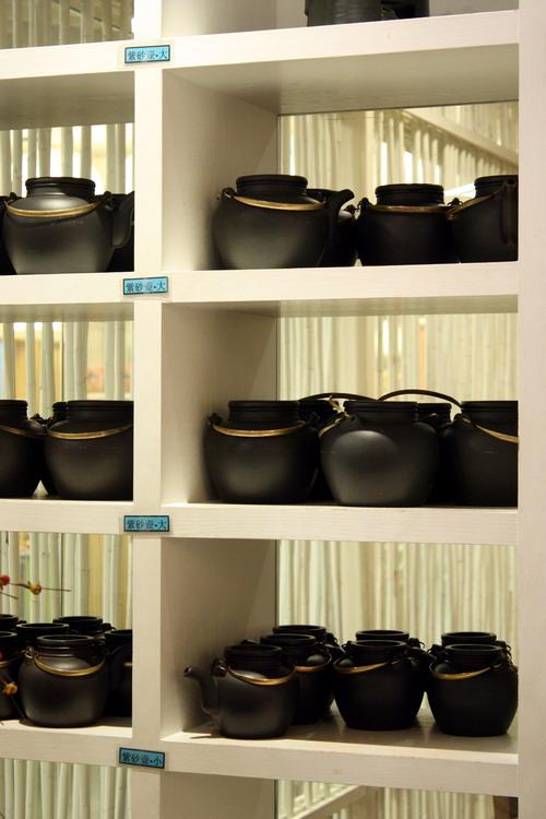 Purple Cane Tea Restaurant tea pots