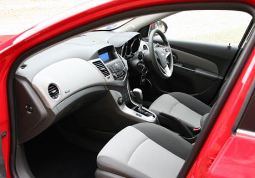 Chevrolet Cruze Interior. Chevrolet Cruze Front Seats