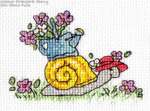 MS SAL Gardening Snail