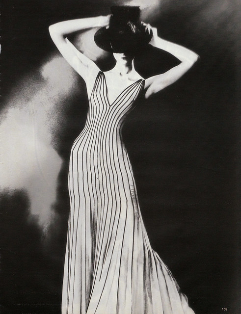 Vogue photo - Krönung des Chic by Lillian Bassman