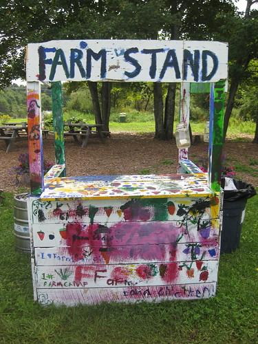 8_farmstand