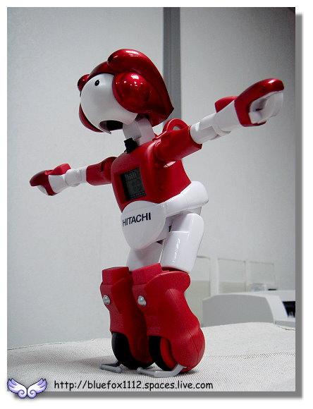 091018日立生活機器人EMIEW電子鐘09