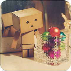 Danbo examining the decorations (Lucy*Lou) Tags: christmas xmas danbo danboard