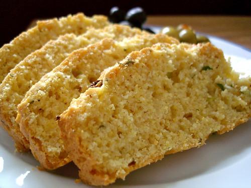 Soğanlı Mısır Ekmeği