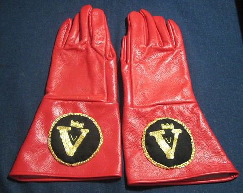King's Gloves