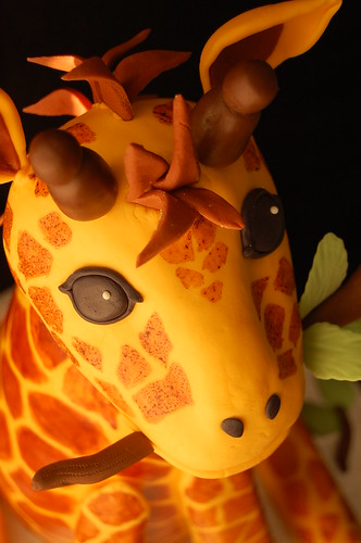 Giraffe cake - head closeup