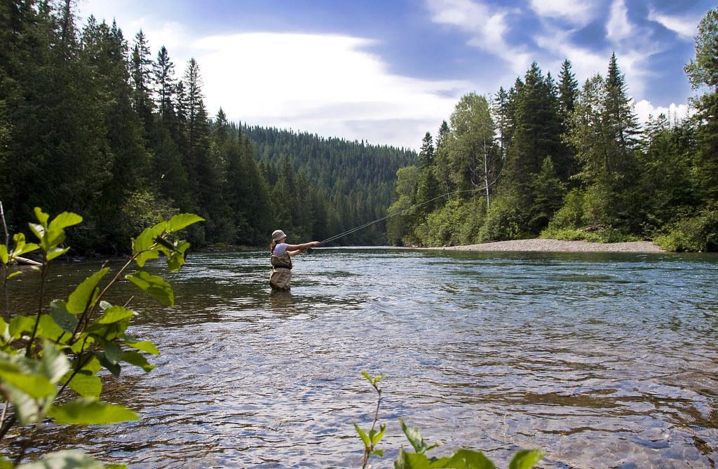 Julie à la pêche