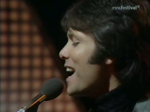 Top of the Pops (20th March 1975) [TVRip (XviD)] preview 7