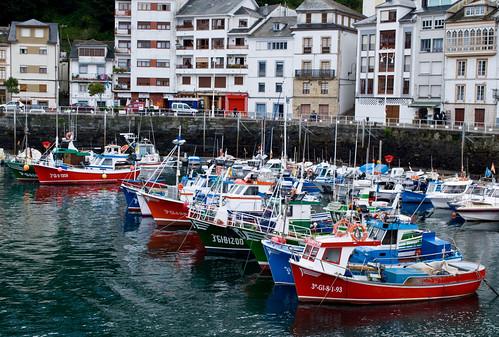 Puerto pesquero de Luarca, Asturias por Paco_Chuck.