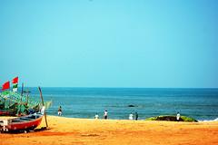 bekal beach   (thejasp) Tags: india beach colors d50 nikon colours kerala dslr indien southindia keralam malabar southasia    indiatravel   kasaragod indiatourism bekal thejas    sdindien  zuidindia 55200mmvr  thejasp            suurindland