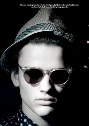 Simon Nessman032_U Magazine(modo models)