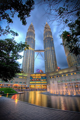 Petronas Twin Towers (Mansour Ali) Tags: city travel cloud tower architecture night buildings 350d asia exposure day tour shot cloudy centre petronas towers twin journey malaysia twintowers kuala kualalumpur malesia kl digitalrebelxt hdr klcc lumpur maxis malaisie malaisia       photomatix  kll tallestbuildings kissndigital setan