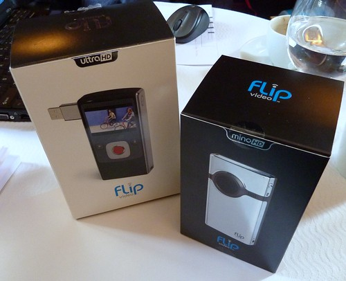 Boxes of the Flip Ultra HD & Mino HD