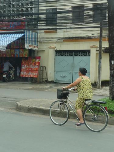 Pyjama on bike