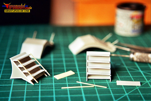 V-La miniserie - Diorama Hangar Nave Nodriza (12)