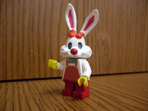 Custom minifig Roger Rabbit custom lego minifigure