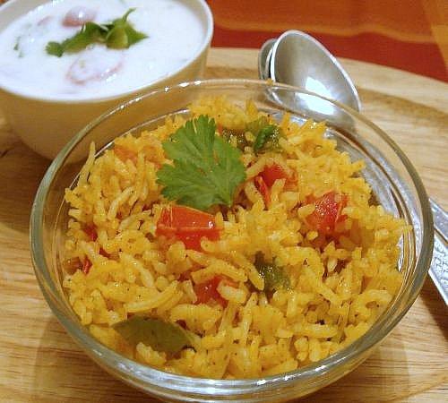 tomato-capsicum-rice-pulao