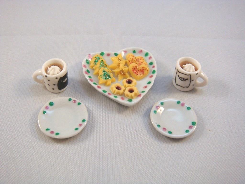 Dollhouse Miniature - Christmas Cookies Teatime Set