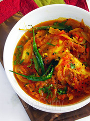 Macher Jhal/Fish in Spicy Sauce (Soma.R) Tags: winter india healthy memories curry tilapia mach westbengal indiancurry freshwaterfish mustardoil fishcurry kalonji maach curryrecipe nigellaseeds bengalifishcurry tasteofhome indianrecipe hotm fishrecipe retrodishes bengalicuisine spiceandcurry cookingwithmustardoil fishishealthy healthyfishrecipe bengaliseafoodrecipe currywithonionandtomatoes fishcurrywithonionandtomatoes fishinspicycurry fishwithtomatoes howtomakebengalifishcurry howtomakemacherjhal indianretrodishes maachh macherjhal pepperyfish recipesfromhome retrobengalirecipe sautedfish winterfishcurry