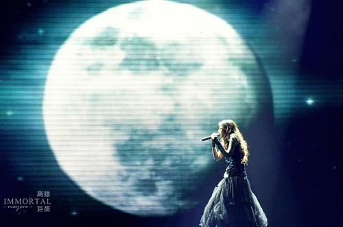 腐朽 之 月球