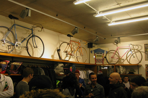 tokyo-fixed-gear-store-opening-1