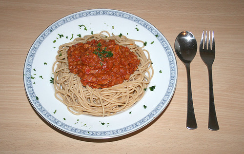 21 - Spaghetti with balsamico lentil tomatosauce - Fertiges Gericht