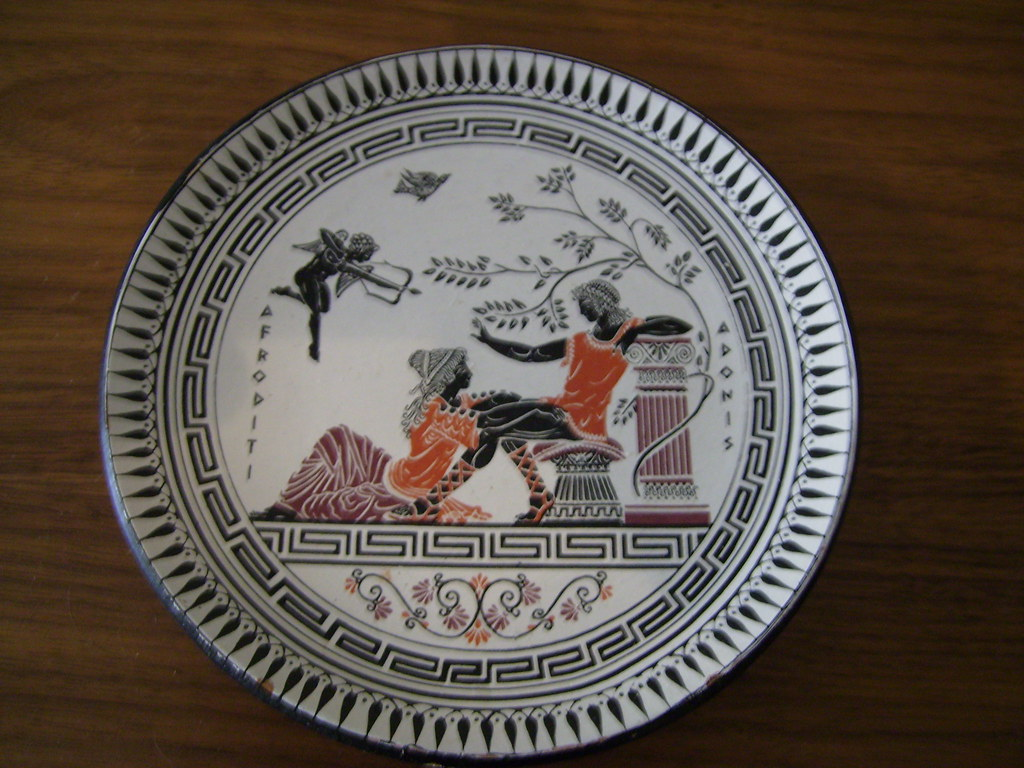 Decorative Wall Plate with a Afroditi and Adonis