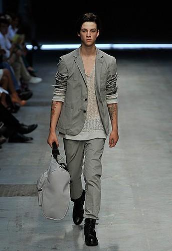 Ash Stymest342_SS09_Milan_Costume National(WWD)