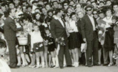 Pionierii la vizita lui Ceausescu