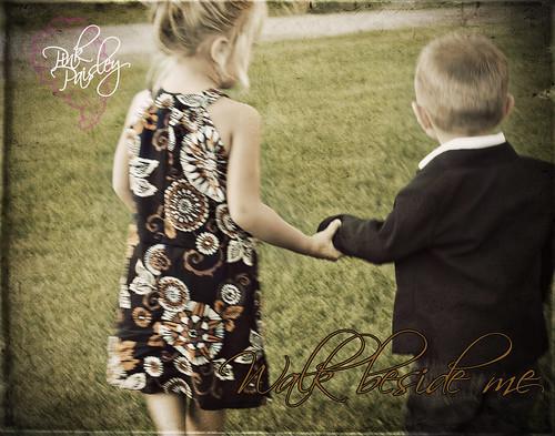 Joey & Lindsey Reed 717 copy-walk-web