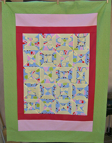 double hour glass baby quilt top
