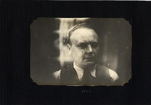 1934p27
