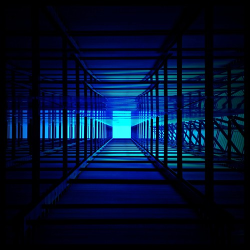 Labyrinth in blue by daruma*