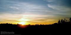 Cu no Parque do Sabi. (Paulo Otvio) Tags: parque brazil sky sol azul contraluz amarelo prdosol sabi uberlndia skytheme bemflickrbembrasil