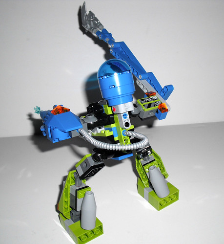 2010 LEGO Power Miners 8189  Magma Mech - Completed