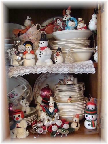 Vintage Snowmen in China Hutch by Bluebird Becca