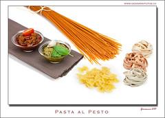 Pasta al Pesto (Ticino-Joana) Tags: pasta noodles spaghetti pesto tagliatelle nudeln farfalle pestorosso pestogenovese