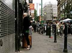 The leopard girl is trying to attract me in her trap ! (Pierre Mallien) Tags: street uk wedding people urban en woman sexy london girl beauty lady canon mono nice holidays flickr pretty raw image market britain pierre candid explorer streetphotography babe pit explore leopard blond agency londres metropolis streetphoto mariage bricklane vacations nowpublic gens tinker topshop photographe londonist streetphotographer spitafields photoderue relooking streetstyle britania streetphotograph coolhunters londondesignfestival photographiederue 40d rawstreet modedelarue photographemariage streetblogger photographederue pitvanmeeffe stylehunter mallien pierremallien streetstylers pierremallienphotographe modereportagereportage mariageeventsevenementielsagencemannequinorganisation evenementssocitjennyferconseil pitvanmeeffeandlookyouagency designinfluencers chasseurdelook photodelarue rechercheunphotographemariage lemeilleurphotographedemariagedebelgique