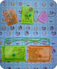 El Maravilloso Mundo Fluorescente de Sailor Moon!    Parte 2 (Average Girl  ) Tags: chile santiago cute bag notebook collection plastic fluorescent card purse memo plastico bison libreta cartera sailormoon fluorescente notepad patronato coleccion tarjeta phosphorescent memopad libretita carterita notita kawai dosforescente