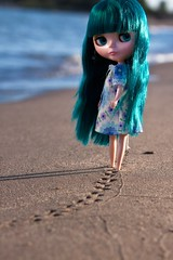 Little Footprints (jessi.bryan) Tags: beach sand doll footprints pam blythe anniversarydoll rbl scarboroughbluffs princessalamode