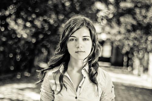 フリー画像| 人物写真| 女性ポートレイト| ラテン系女性| モノクロ写真| ポルトガル人|      フリー素材|